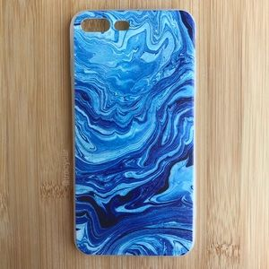 Accessories - NEW Iphone 7/8/7+/8+ Blue Swirly Case